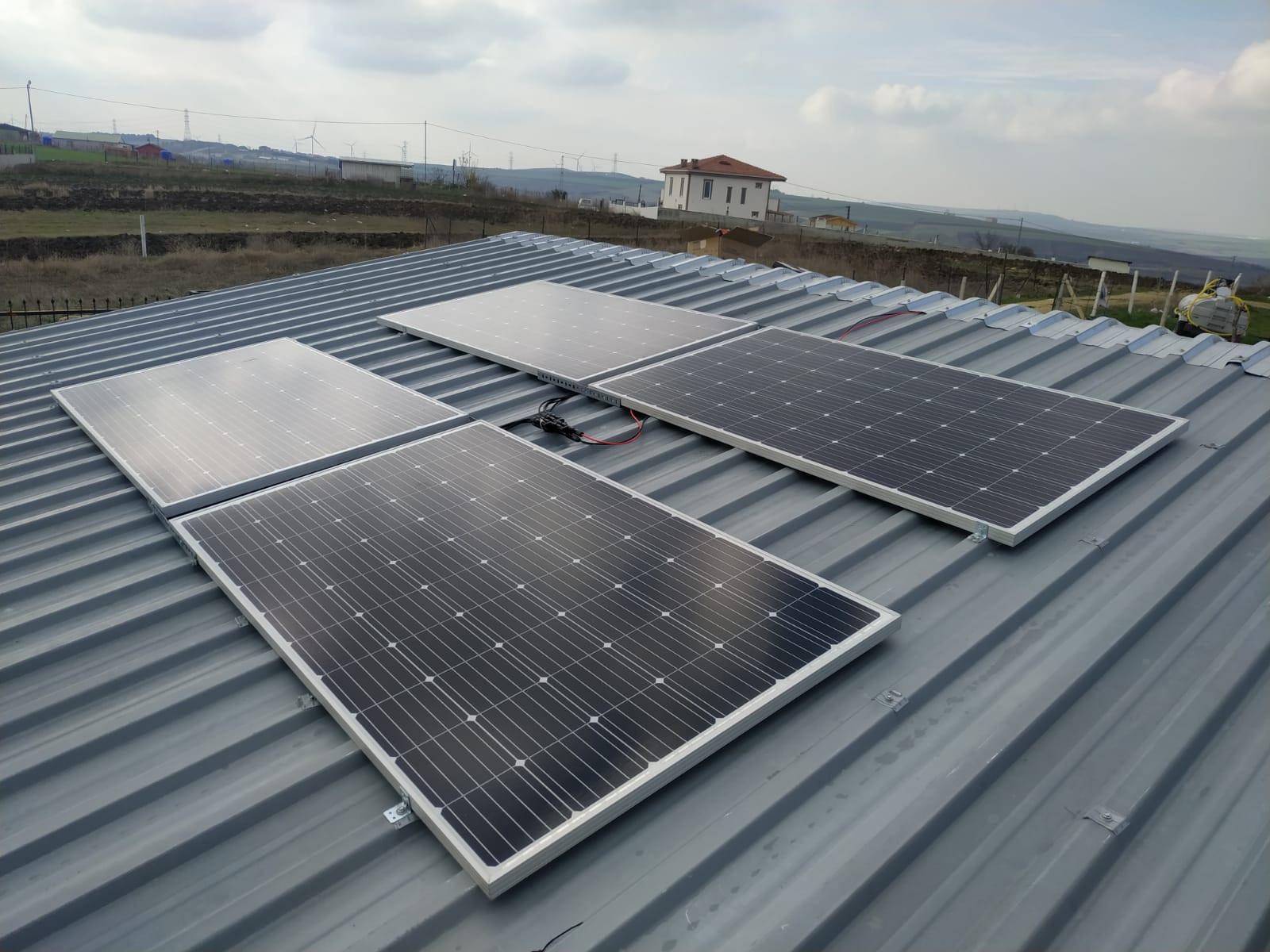 Güneş Enerji Sistemlerinin Fiyatlarını Etkileyen Faktörler Nelerdir?